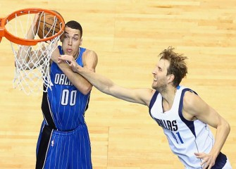 Magic's Aaron Gordon Throws Down Thunderous Dunk vs Nets