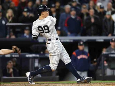 On Fire Yankees Host Blue Jays In AL East Clash [Start Time, Predictions, Odds, Schedule]