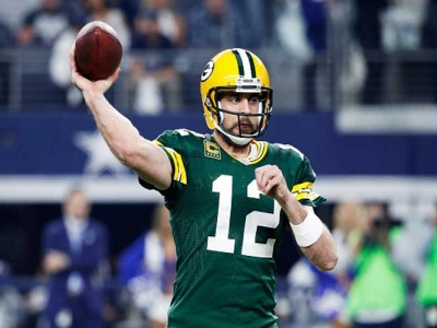 Aaron Rodgers Appears On 'Game of Thrones' As King's Landing Resident