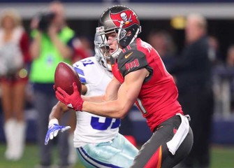 Watch: Bucs' Adam Humphries Catches Jameis Winston's Deflected Pass For Crazy TD Vs Cowboys