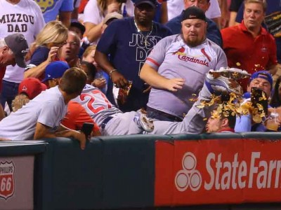 Watch: Cubs' Addison Russell Dives Into Stands For Catch, Knocks Nachos Out Of Fan's Hands