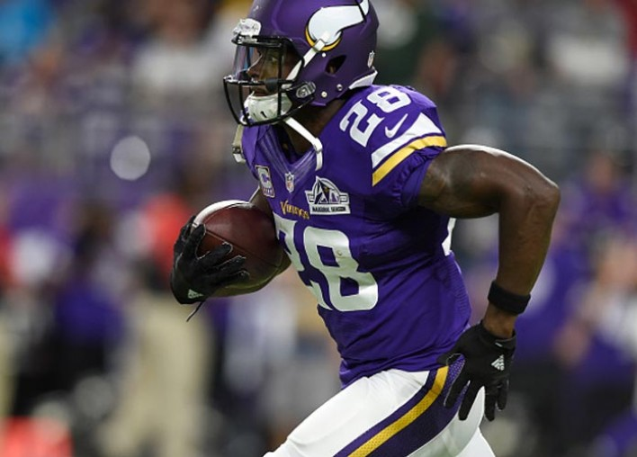 Adrian Peterson Visiting Redskins In Free Agency; Team Also Meeting With RBs Orleans Darkwa, Jamaal Charles