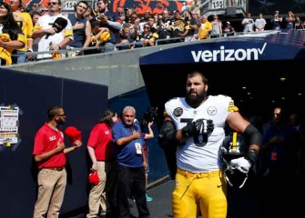 Steelers' Alejandro Villanueva, Army Veteran, Comments On Death Of Assistant Coach Darryl Drake [VIDEO]