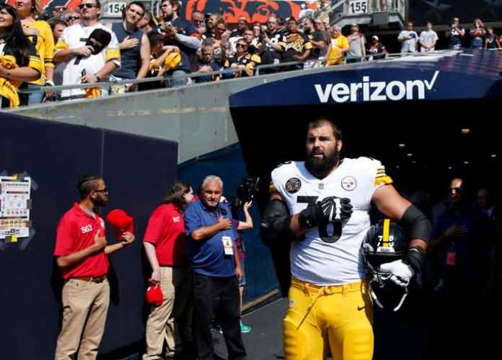Steelers' Alejandro Villanueva, Army Veteran, Comments On Death Of Assistant Coach Darryl Drake [VIDEO]