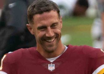 Redskins' QB Alex Smith Still Believes He Can Play Despite Broken Leg Injury