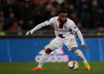 Lyon Veteran Alexandre Lacazette Transfers To Arsenal On Record Deal