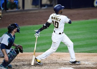 Padres Roll Past Mariners 14-6 After Being Criticized By Executive Chairman