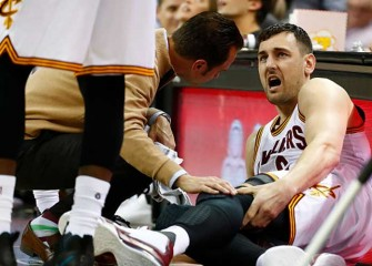 Andrew Bogut Breaks Leg In Cavaliers Debut, 106-98 Loss To Heat