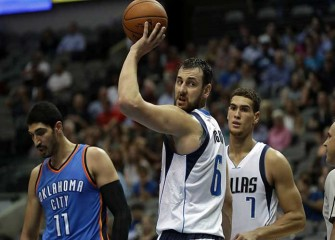 Report: Andrew Bogut Seeking 76ers Release, Hopes To Join Cavaliers