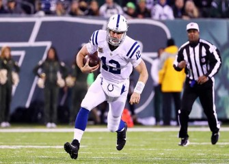 Andrew Luck Throws For 4 TDs, Colts Destroy Jets 41-10