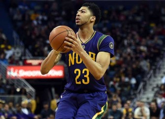 Davis, Reserves Lead Pelicans To 123-119 Victory Over Thunder, Keep Playoff Hopes Alive