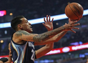 Grizzlies' Matt Barnes Writes Ex Gloria Govan Note For Mother's Day