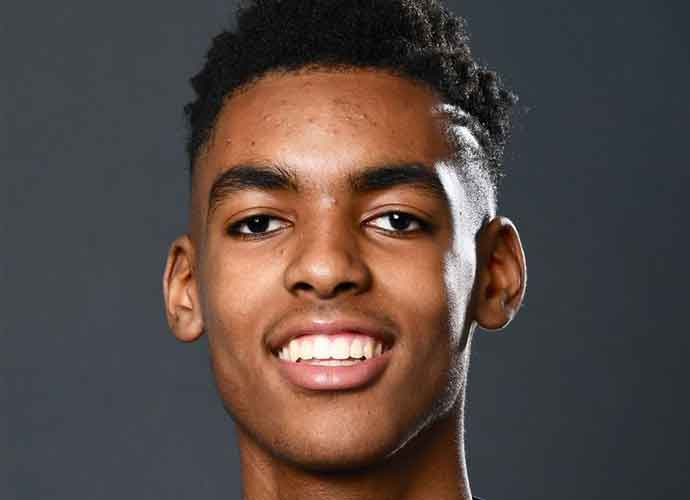 Emoni Bates, #1 High School Basketball Player In The Country, Commits To Michigan State