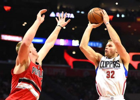 Blake Griffin To Help Produce Remake Of 'White Men Can't Jump'