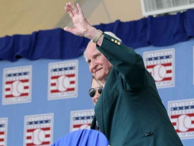 Red Sox Hall Of Fame 2B Bobby Doerr Dies At 99
