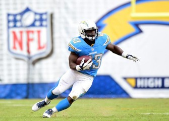 Chargers RB Brandon Oliver Injures Achilles Tendon Vs Vikings
