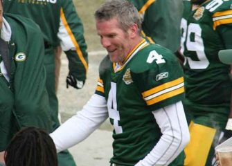 Former NFL QB Brett Favre To Re-Pay $1.1 Million In Welfare Money For Speeches He Never Delivered