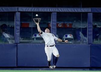 Yankees' Brett Gardner Wins First Career Gold Glove Award