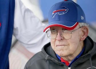 Ex-Bears Defensive Coordinator Buddy Ryan Dies At 82