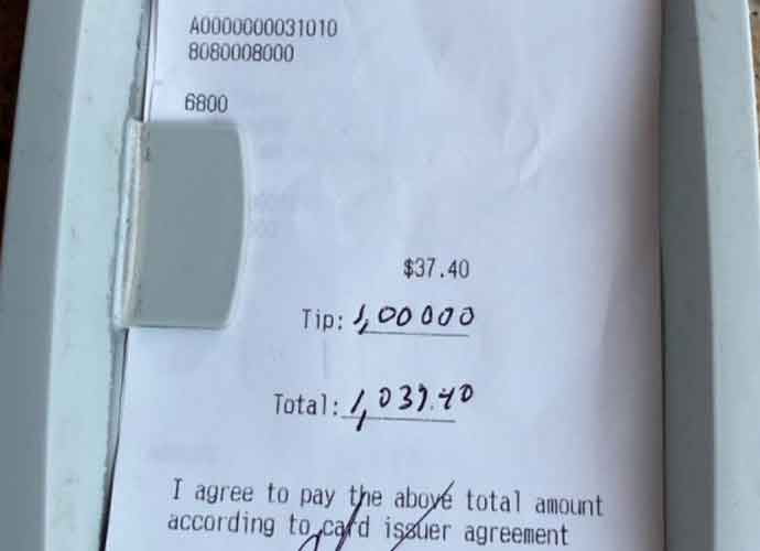 Ex-NFL Receiver Chad Johnson Leaves $1000 Tip At Florida Restaurant After It Reopened