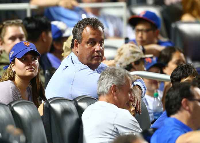 Watch: Chris Christie Catches Foul Ball At Mets Game, Gets Booed By Fans