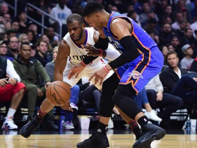 Clippers Rout Thunder 120-98, But Lose Chris Paul To Thumb Injury
