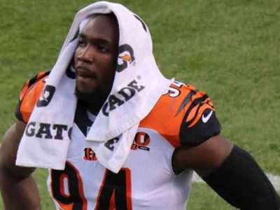 Browns' Chris Smith & Teammates Pay Tribute To DE's Late Girlfriend Petara Cordero Who Died In Car Crash