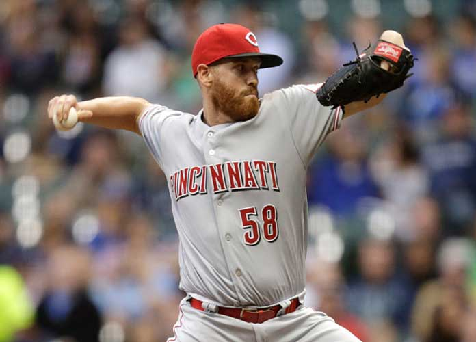 Marlins Acquire RHP Dan Straily From Reds For Three Top Prospects