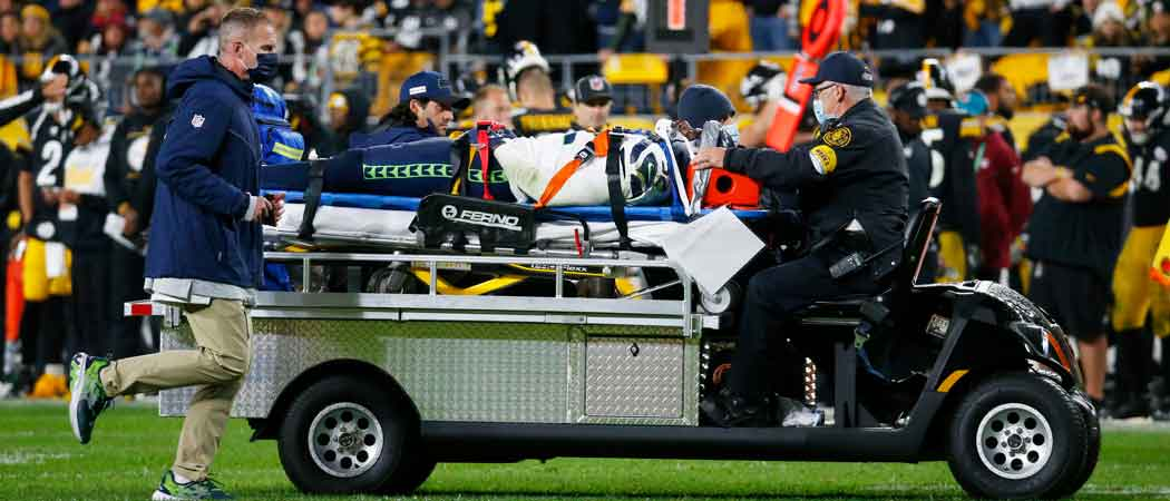 Seahawks Defensive End Darrell Taylor Stretchered Off The Field