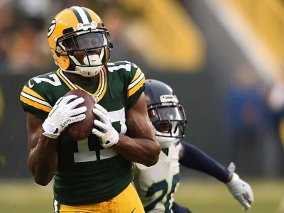 Packers' Davante Adams Taken To Hospital After Being Hit By Bears' Danny Trevathan
