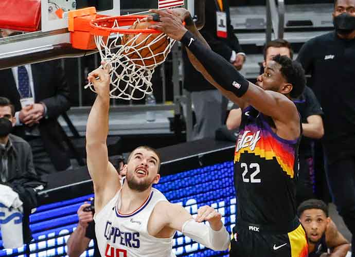 Ayton's Buzzer-Beating Alley-Oop Secures Suns Victory, Phoenix Leads Series 2-0