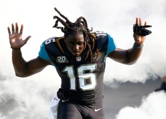Jaguars RB Denard Robinson Found Asleep In Car After Driving Into Pond In Florida