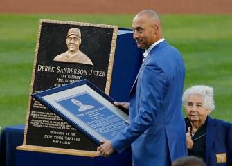 Watch: Astros' Alex Bregman Hits Grand Slam On Day Yankees Retire Derek Jeter's No. 2 Jersey
