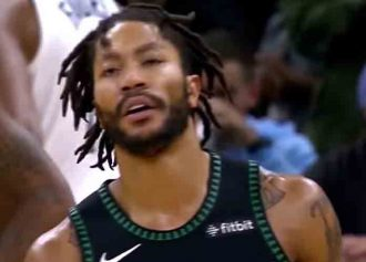 Derrick Rose Caps 31-Point Explosion With Last-Second Shot To Lift Timberwolves To 116-114 Win Vs. Suns [VIDEO]