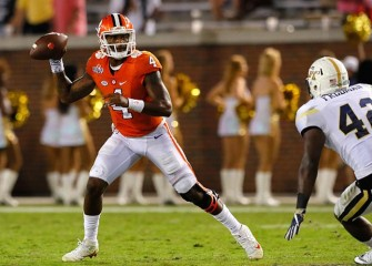 Led By Deshaun Watson, No. 5 Clemson Beats Georgia Tech 26-7
