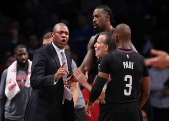 Clippers Coach Doc Rivers Thanks Stranger For Returning $2,000 Dropped On Ground [VIDEO]