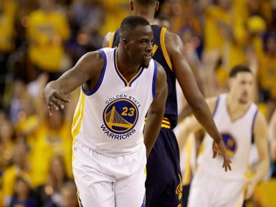 Warriors' Draymond Green Appeared To Cavs' Kick Kyrie Irving In Final Seconds of Game 7