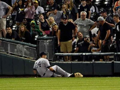 Yankees OF Dustin Fowler Injures Knee In MLB Debut, Likely Out Six Months Or More