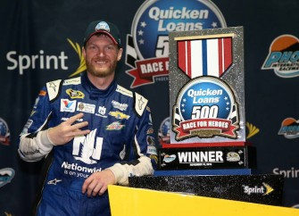 Dale Earnhardt Jr. To Miss New Hampshire Race With Concussion Symptoms