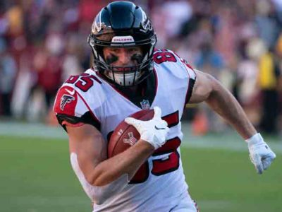 Falcons Trade TE Eric Saubert To Patriots For Seventh-Round Pick