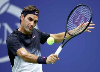 Roger Federer Survives Scare To Reach Round 2 At US Open