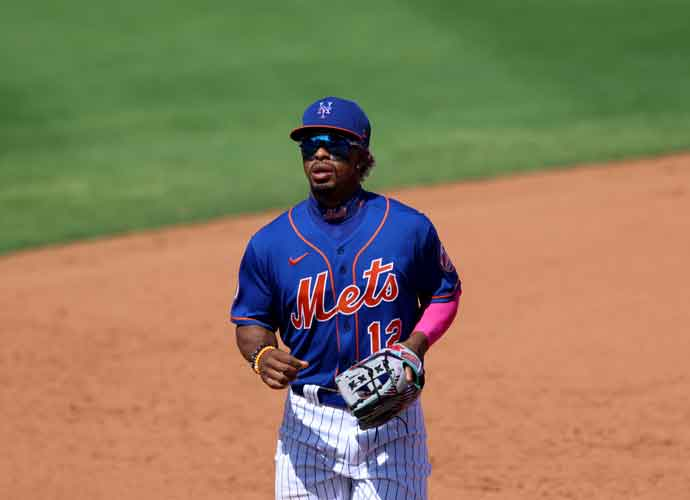New York Mets Win Dramatic Walk-Off Hours After PR Crisis