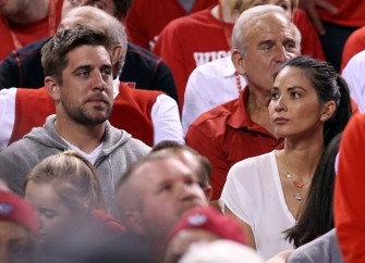 Olivia Munn Rips Journalists Blaming Her For Aaron Rodgers Slump