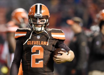 Johnny Manziel Wears Josh Gordon Jersey And Greets Dad From Mexico