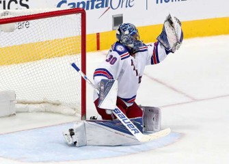 Watch: Rangers' Henrik Lundqvist Takes Dirty Hit From Cody Eakin In 2-0 Win Over Stars