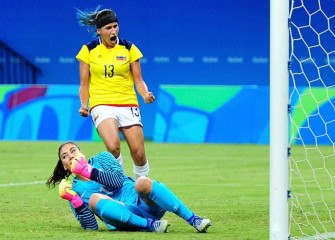 Hope Solo's Mistake Leads US To 2-2 Tie With Colombia, But Americans Still Win Group G