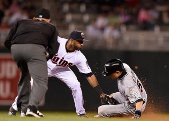Twins Beat Marlins 6-4 At Home In 11 Innings