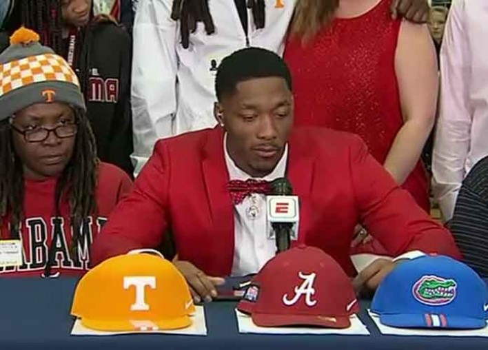 Four-Star WR Jacob Copeland Recommits To Florida, Reacts To Mom Walking Out After Announcement [VIDEO]