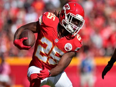 "Chiefs RB Jamaal Charles Retires From NFL At 32, Thanks ""Best Fan Base In The World"""
