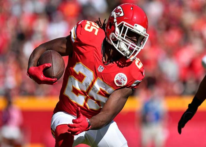 """Chiefs RB Jamaal Charles Retires From NFL At 32, Thanks """"Best Fan Base In The World"""""""